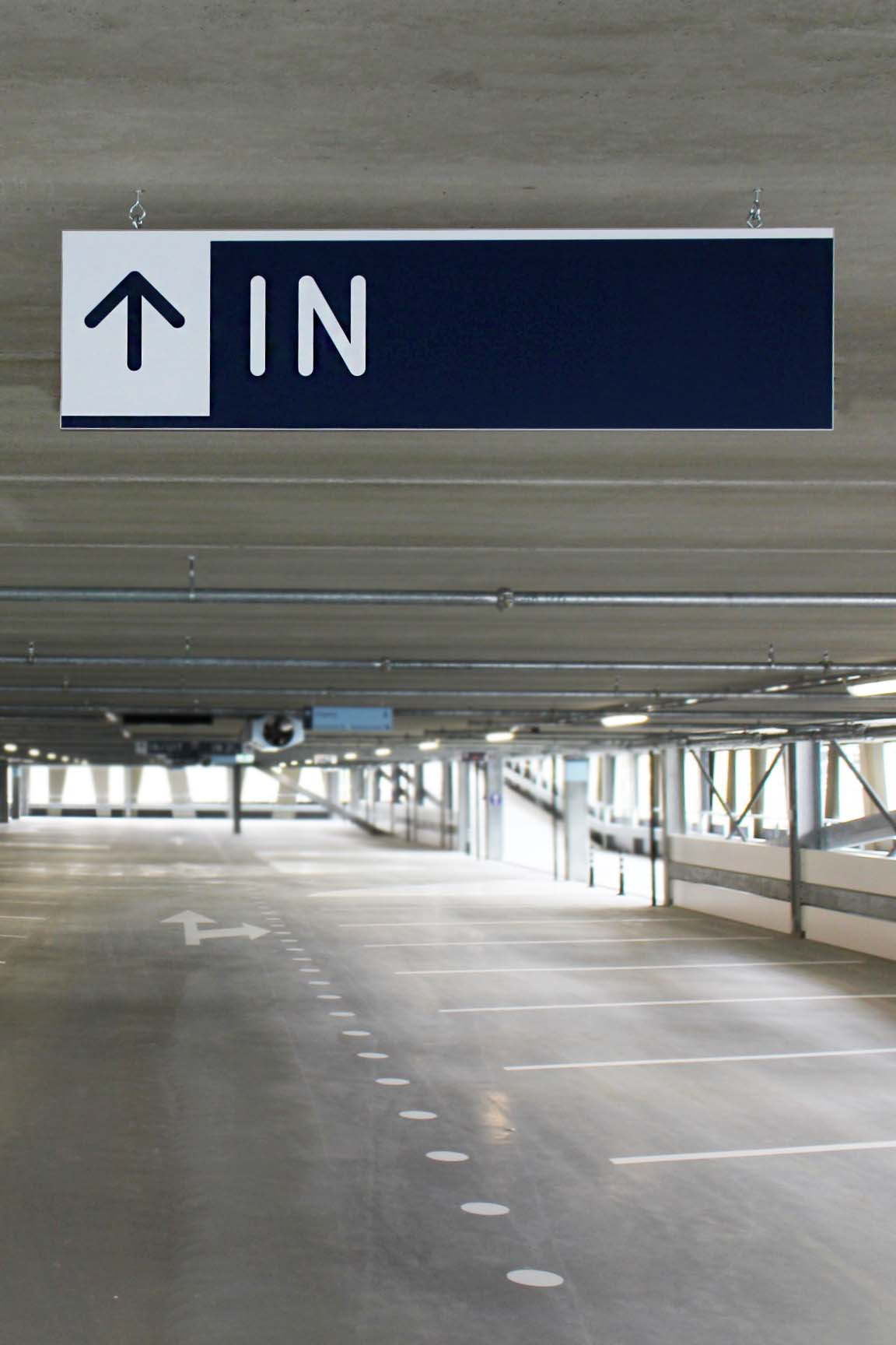 RDG garage — VWA 5   Groeneveld Sign Systems