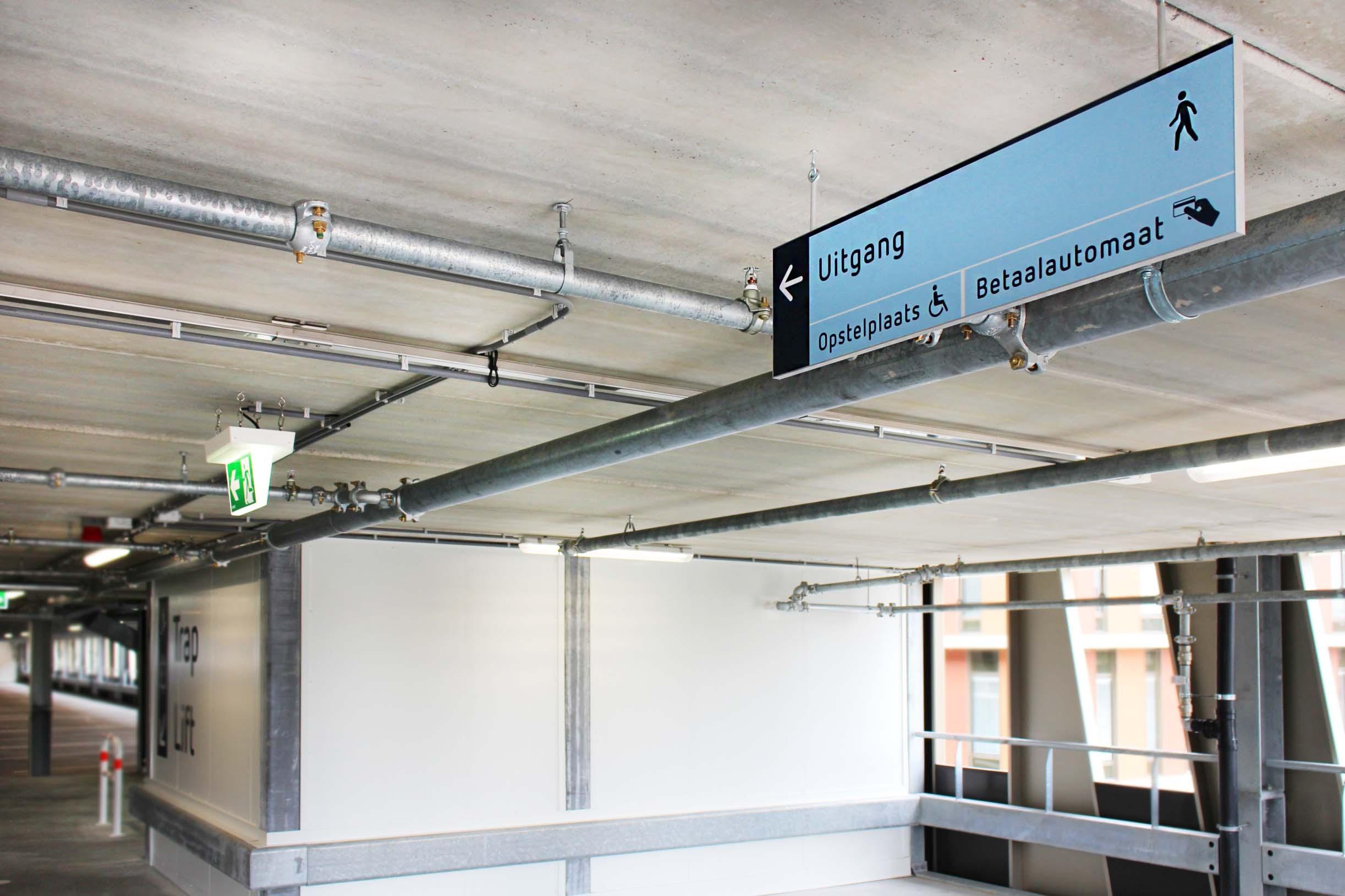 RDG garage — VWV 1   Groeneveld Sign Systems