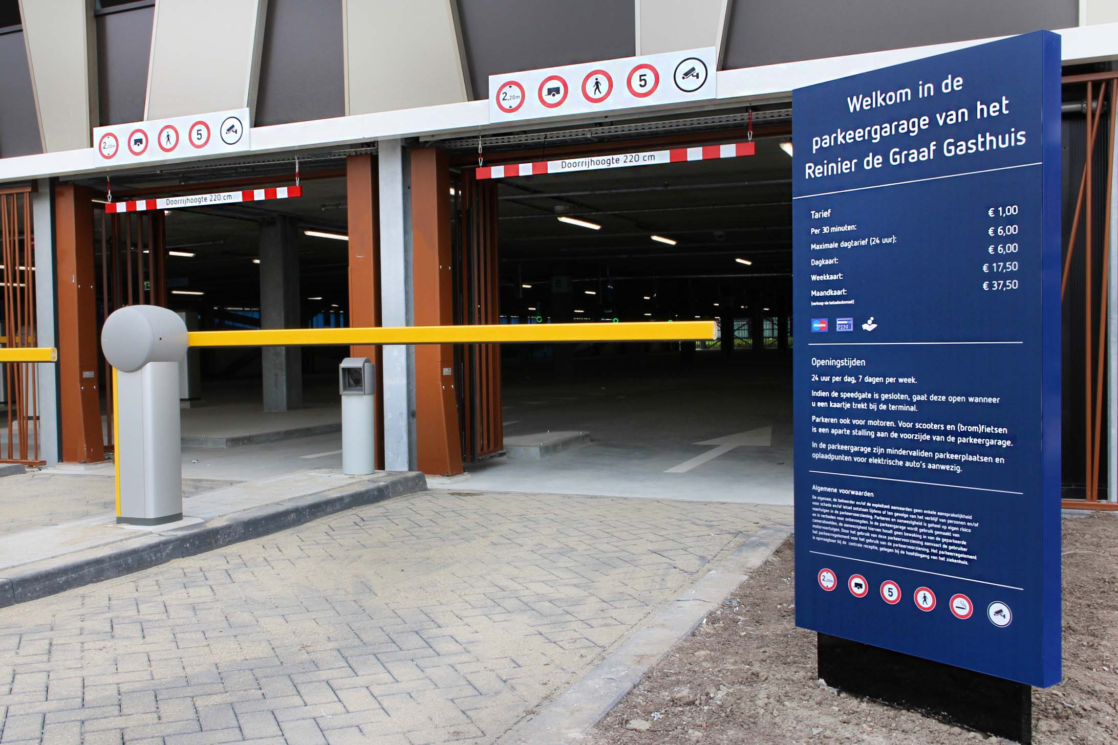 RDG garage — betaalautomaat 3   Groeneveld Sign Systems
