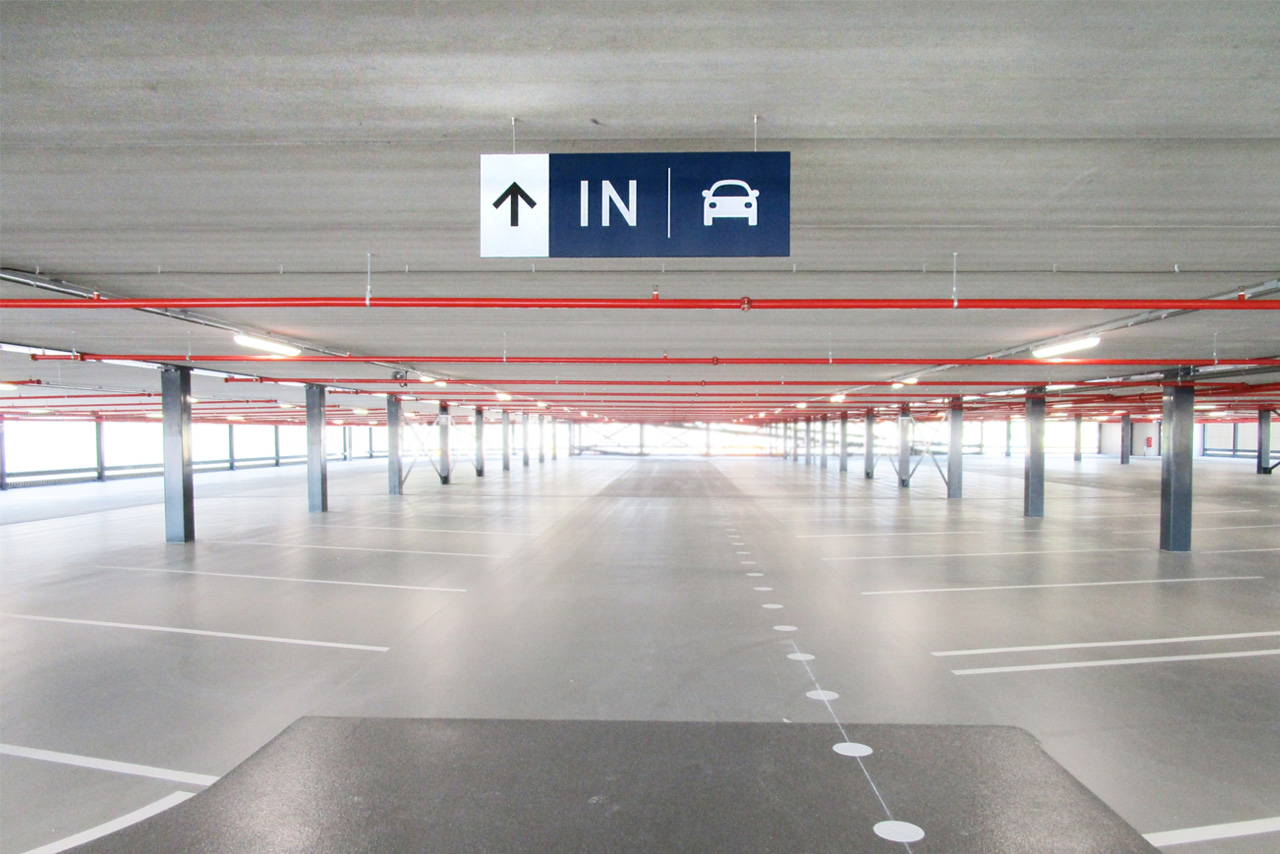 Amphia Ziekenhuis ingang parkeren   Groeneveld Sign Systems