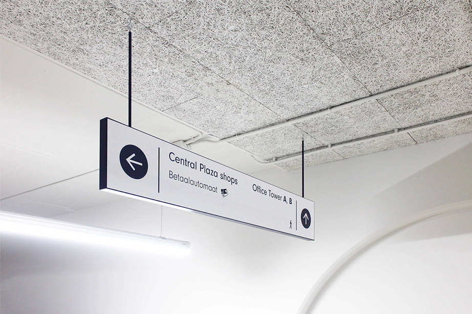 Central Plaza verwijsbord shops | Groeneveld Sign Systems