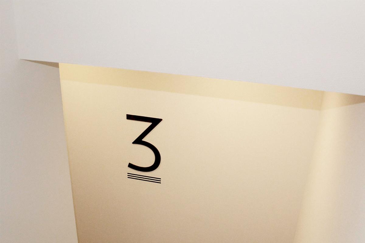 Driehoek - ETA 1   Groeneveld Sign Systems