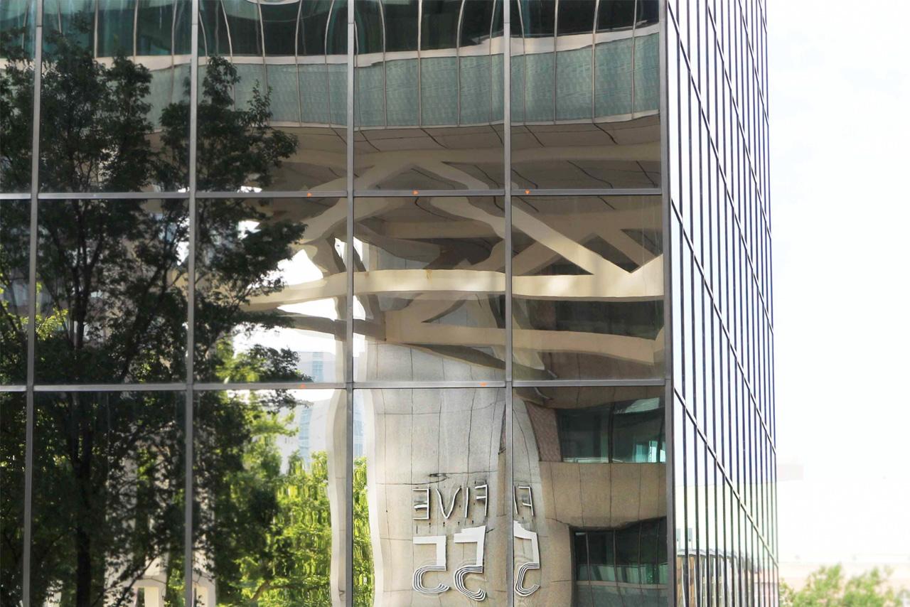 Five 55 spiegelreflectie | Groeneveld Sign Systems