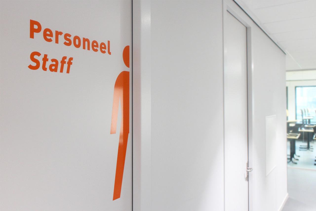 Het Merletcollege personeel staff   Groeneveld Sign Systems