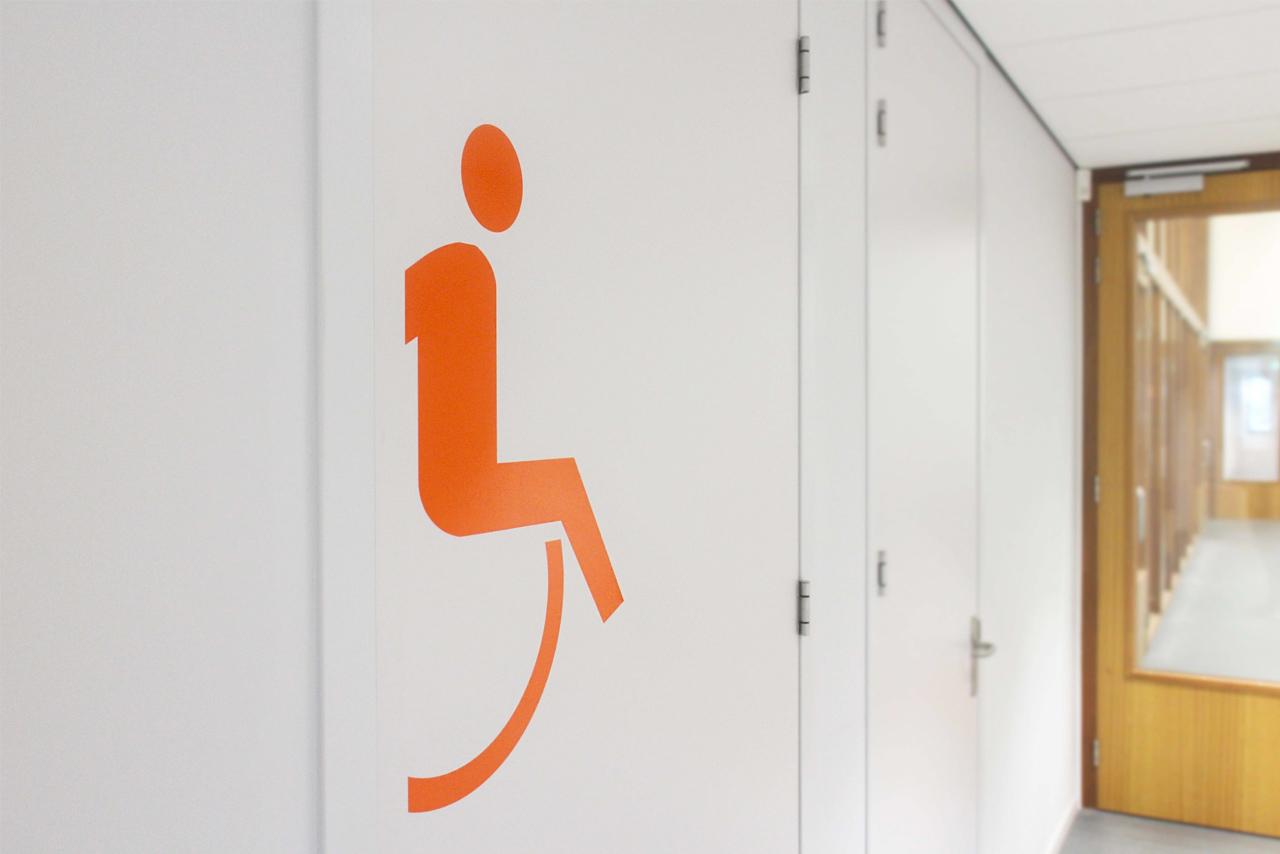 Het Merletcollege toiletaanduiding   Groeneveld Sign Systems