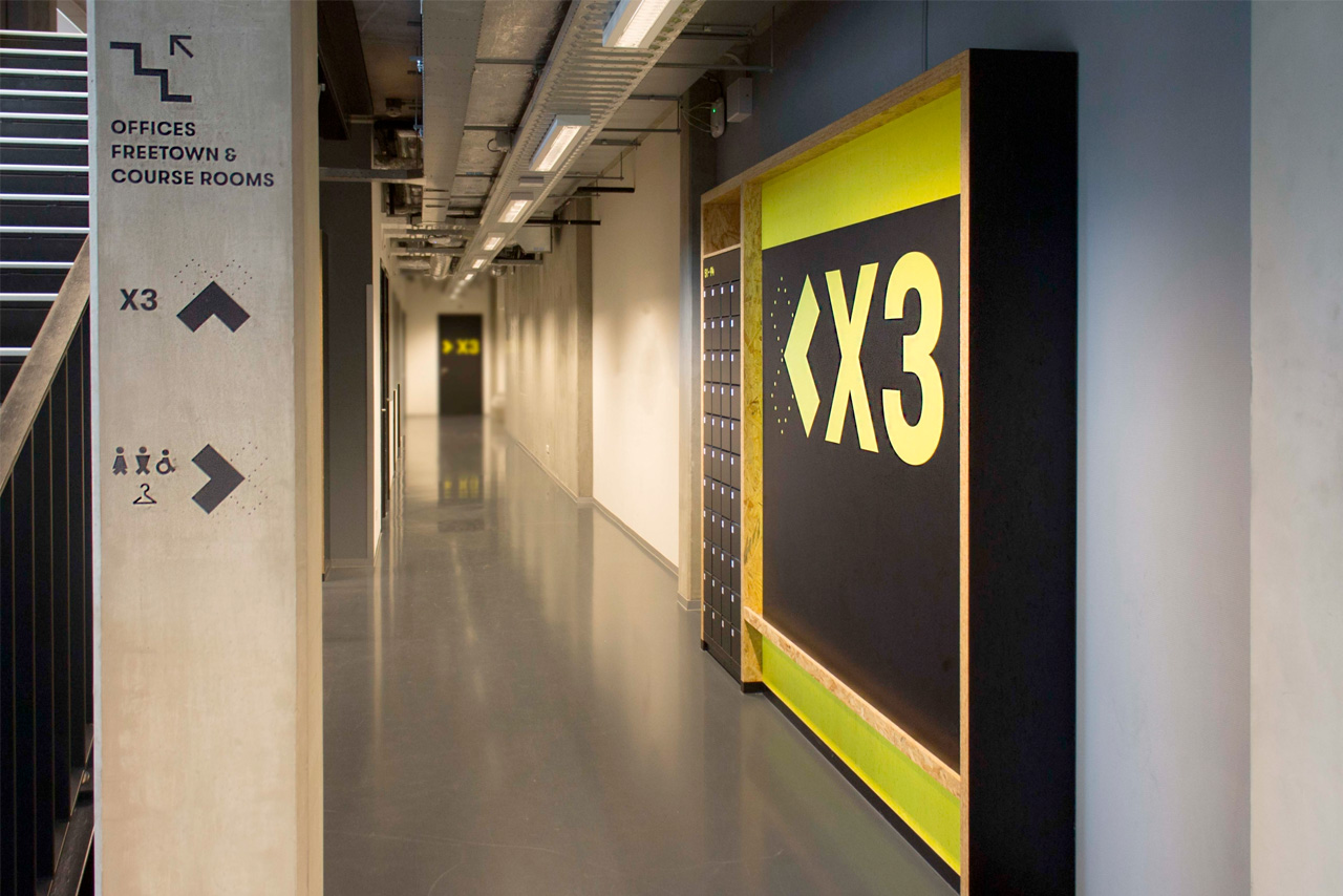 TU Delft Campus X 19   Groeneveld Sign Systems