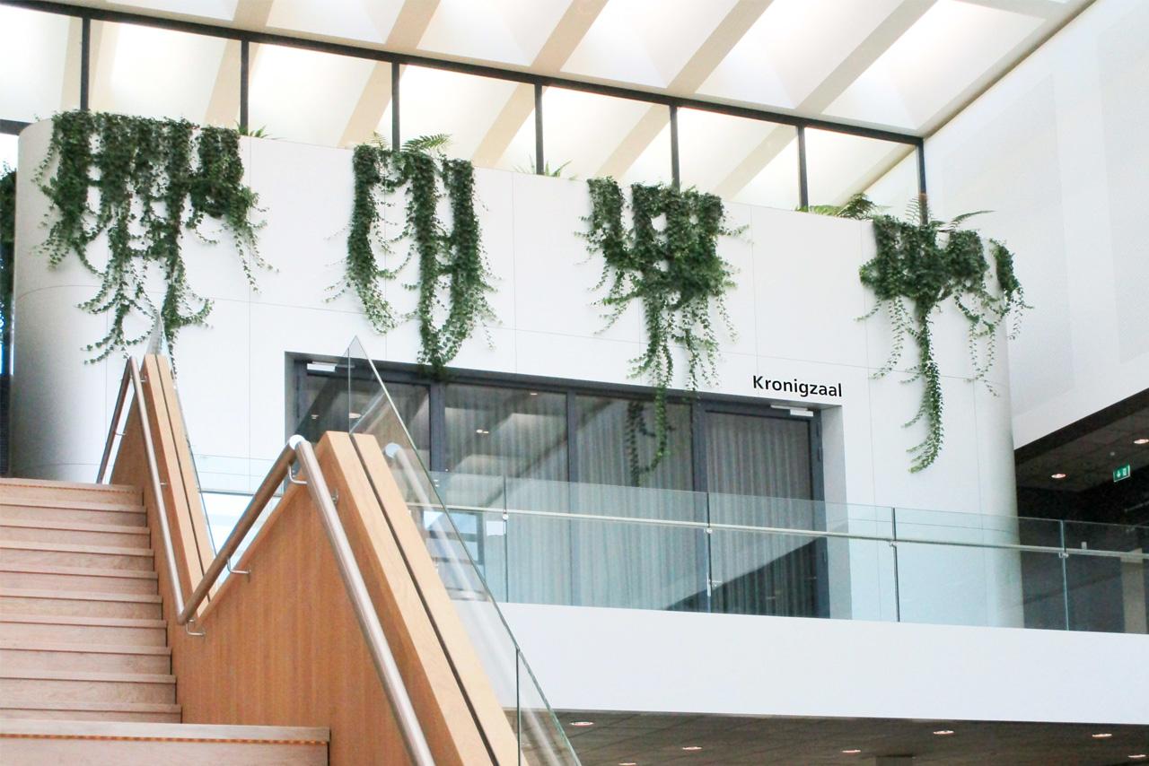 TU Delft TNW aanduiding Kronigzaal   Groeneveld Sign Systems
