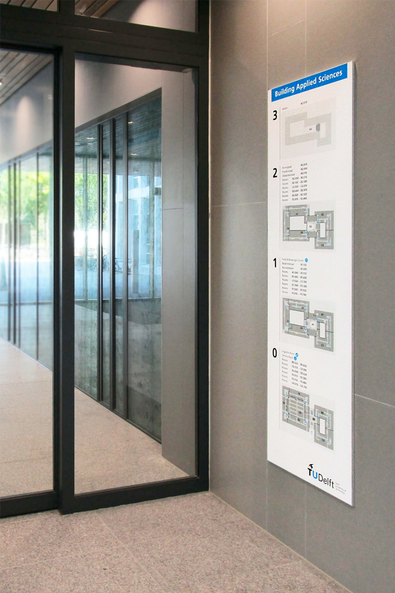 TU Delft TNW infobord etages   Groeneveld Sign Systems